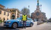 Guida senza patente e fornisce false generalità: multato e arrestato