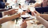 Estate senza tavolate: al ristorante al massimo in quattro