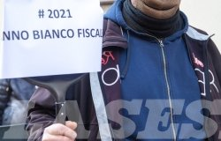 """""""Il futuro non (si) chiude"""": Ascom scende in piazza"""