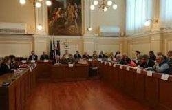 Vercelli: 'Nessun alloggio comunale è a disposizione per i famigliari dei positivi'