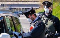 Trino: fumavano uno spinello non rispettando le norme anti Covid