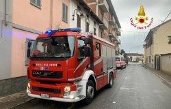 Donna bloccata in casa: i Vigili del fuoco entrano dal balcone