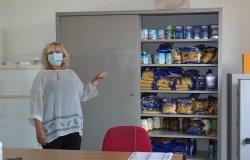 Aiuti alimentari a famiglie benestanti, 'pacchi sfigati' a quelle non gradite