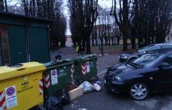 Vercelli: piazza Mazzini tra rifiuti e degrado