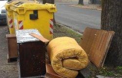 Vercelli: ancora rifiuti ingombranti abbandonati