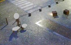 Apecar in area pedonale, deiezioni non raccolte: multe da 100 euro