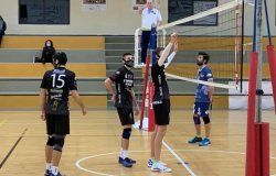 Volley, il derby va a alla Stamperia Alicese Santhià: 3-0 alla Multimed