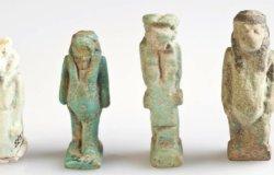 Amuleti egizi, ex voto raccontano la storia della maternità