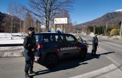 Gira ubriaco in auto in piena notte: multa di 1.000 euro