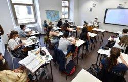 Piemonte: da lunedì dad per seconde e terze medie e superiori