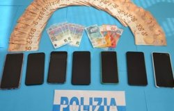Rubavano soldi e bancomat: sgominata banda bulgara