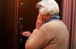 Si spaccia per tecnico comunale e tenta di truffare un'anziana