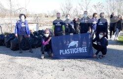 Raccolti 90 sacchi di rifiuti sulle sponde del fiume Sesia