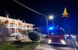 Quarona: incendio ad una canna fumaria