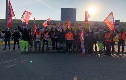 """Vercelli: """"Prosegue lo sciopero al magazzino Coop"""""""