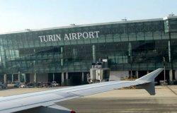 L'aeroporto diventa un hub vaccinale