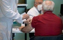 Medici di famiglia: si lavora per aumentare i vaccini