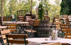 """""""Far ripartire il turismo e la ristorazione con la carta verde"""""""