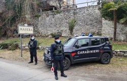 """Fa le """"grandi pulizie"""" del camion a bordo strada, multato con 600 euro"""