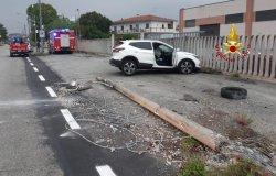 Cigliano, incidente stradale: tre mezzi coinvolti e un ferito