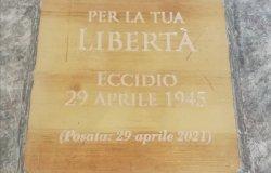 Una pietra d'inciampo per non dimenticare l'eccidio del 29 aprile '45