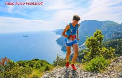 Vertikal e Skyrace: Lora Moretto tricolore