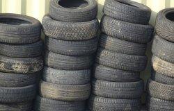 "Cna: ""Piazzali delle officine pieni di pneumatici usati"""