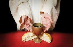 """""""Dio verrà sempre con le cose più necessarie della vita"""""""