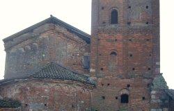 Luci dal Medioevo a San Genuario di Lucedio
