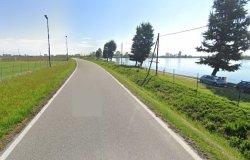 Una pista ciclabile correrà lungo il lago: pronta in primavera