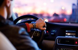 Revisioni auto, patenti e foglio rosa: ecco quando scadono