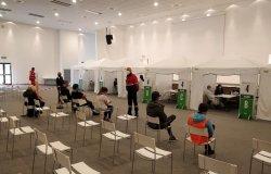 Caresanablot: iniziate le vaccinazioni al Centro fiere