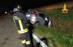 Buronzo: auto finisce in un fosso