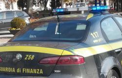 Residenze fittizie per non pagare l'Imu, evaso 1 milione di euro