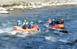 Rafting, sfida fra 100 atleti nelle acque della Dora