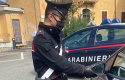 Tenta la truffa dello specchietto ad un'anziana a Balocco: denunciato
