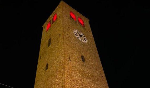 crescentino torre civica rossa