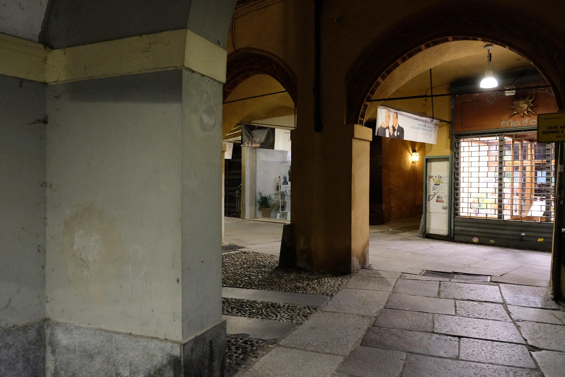 Portici piazza Cavour