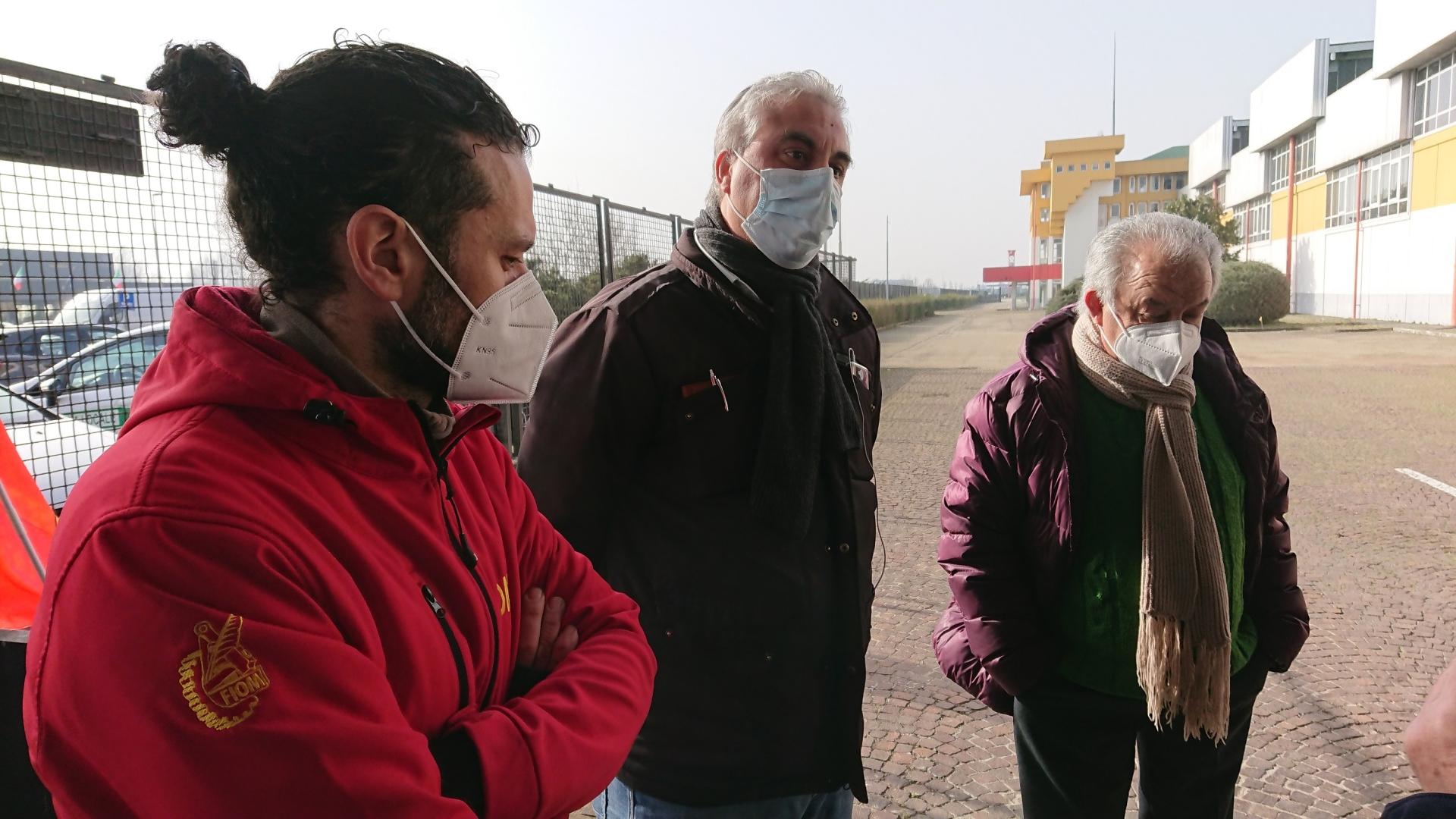 Da sinistra Ivan Terranova (Fiom Cgil), Sergio Mazzola (Fim Cisl) e Francesco Maschera (Uilm UIl)
