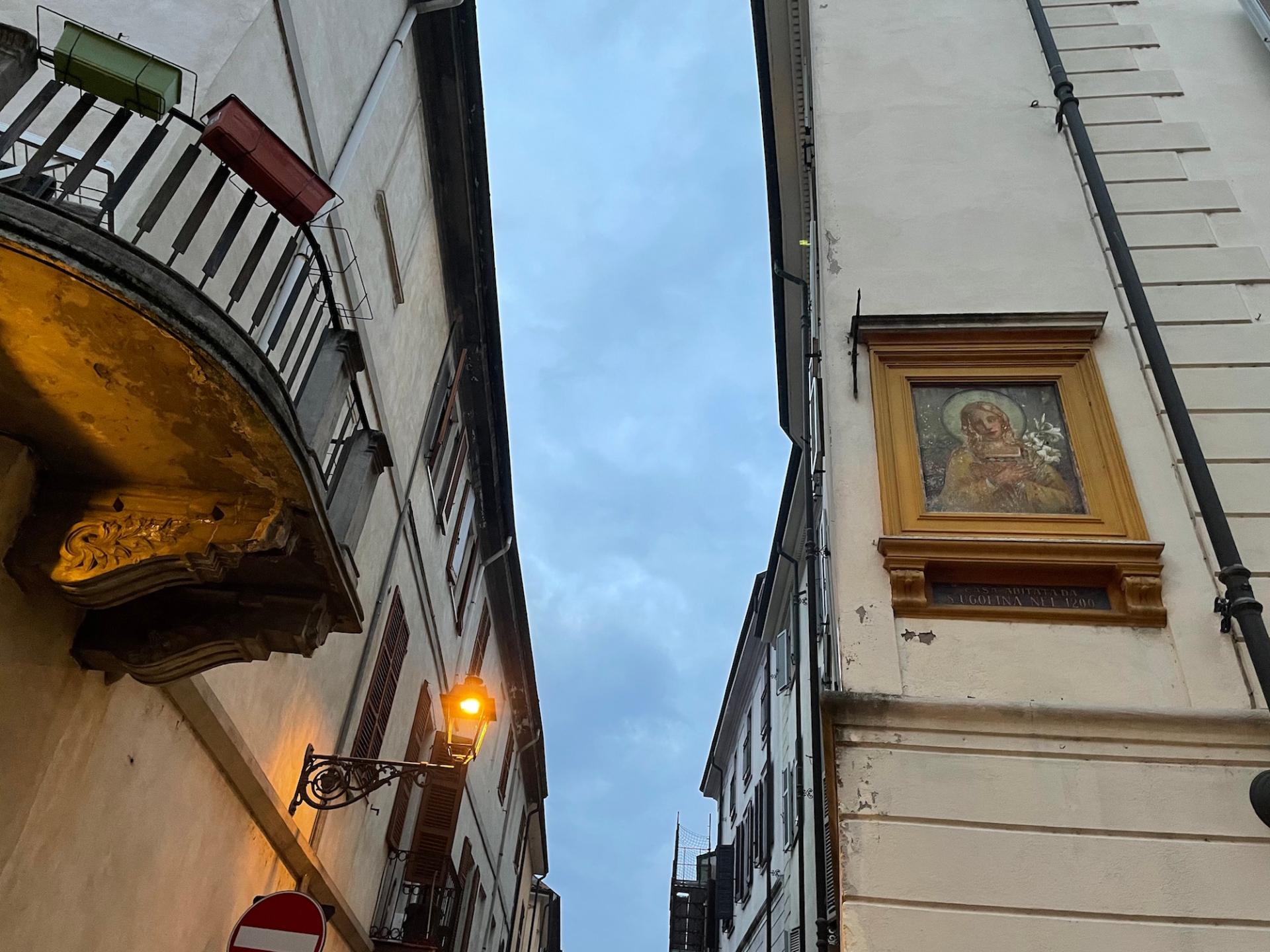 Via Santa Ugolina