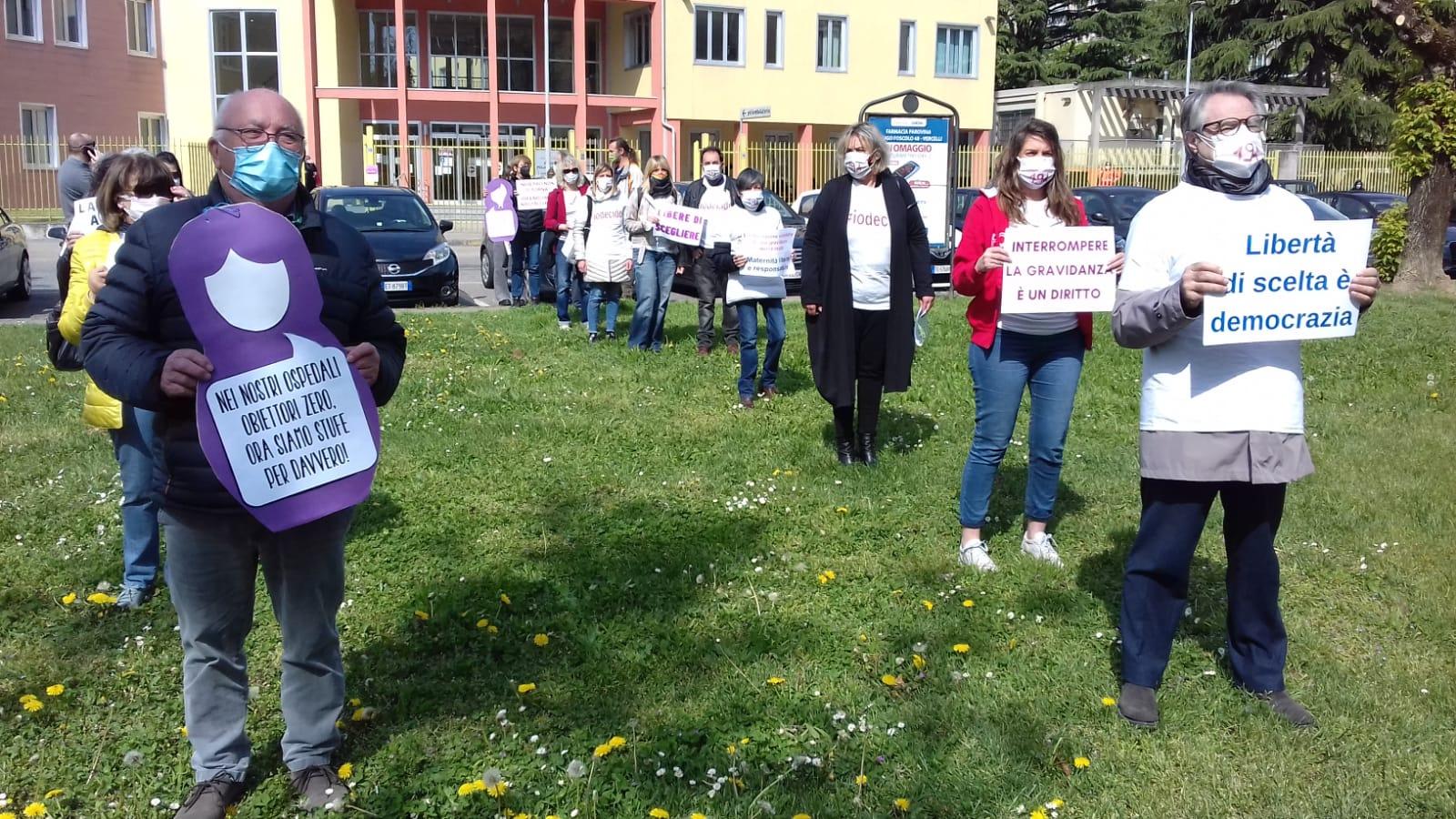 Flash mob Cgil Vercelli